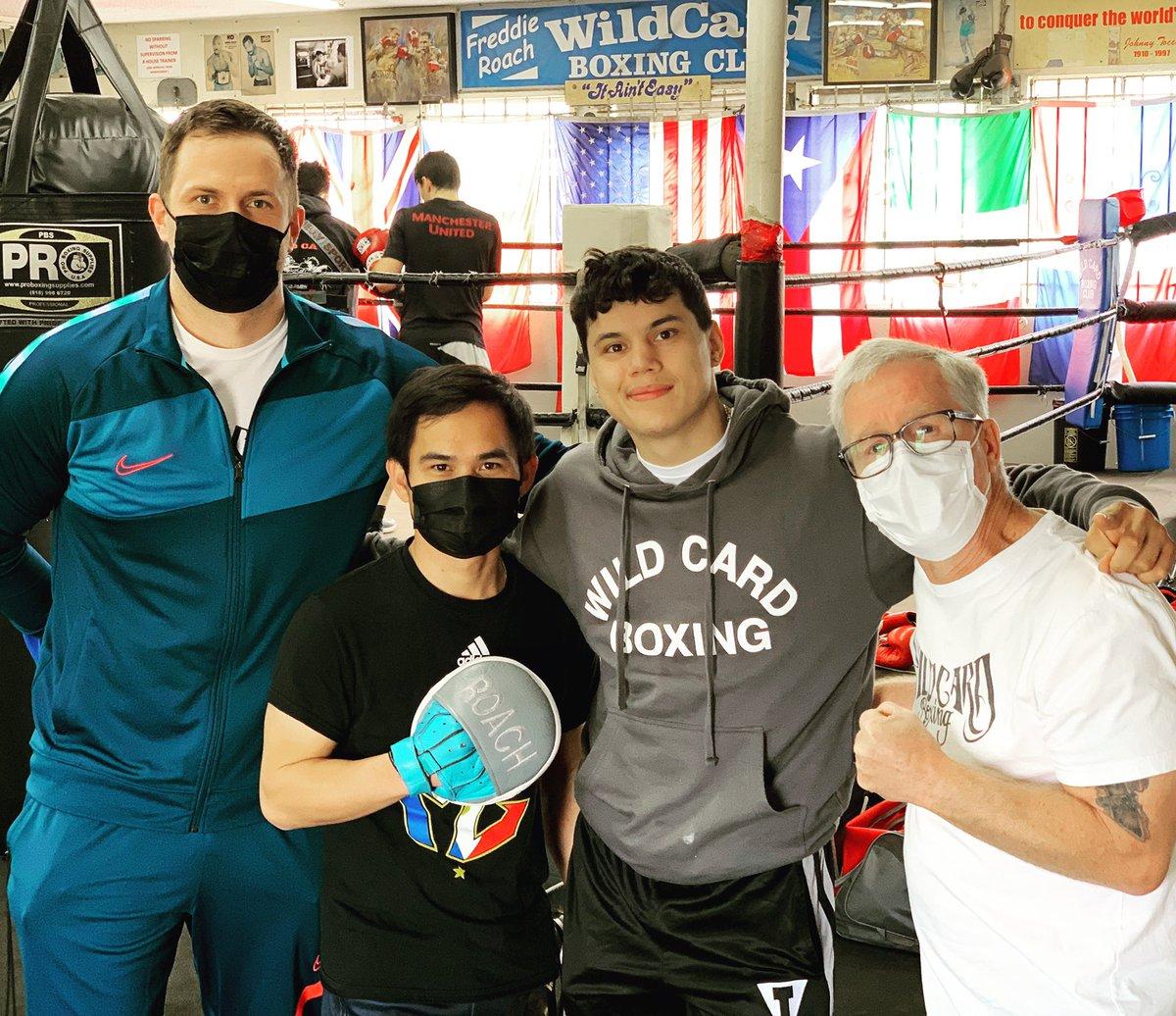 Officially welcoming Oscar Acevedo to my stable of boxers @OscarAce23 @GoldenBoyBoxing #TeamAcevedo @VICIOUSortiz @WildCardBoxing1 #MarvinSomodio #DonatasJanusevicius @WCBstore @Everlast_ @eaner0919 #wildcardboxing #wildcardboxingclub #boxer #fighter #boxing #training https://t.co/inWbDPLdEh