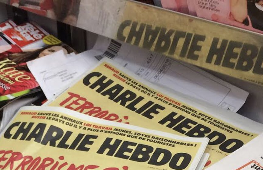 "Four staff members of #CharlieHebdo indicted for allegedly ""insulting the President"" of #Turkey in the #cartoon published on the Charlie Hebdo's cover of the 28 October 2020 issue.  Read more here ➡️https://t.co/RdBvDRuw61 @CartooningPeace #FreedomofArtisticExpression"