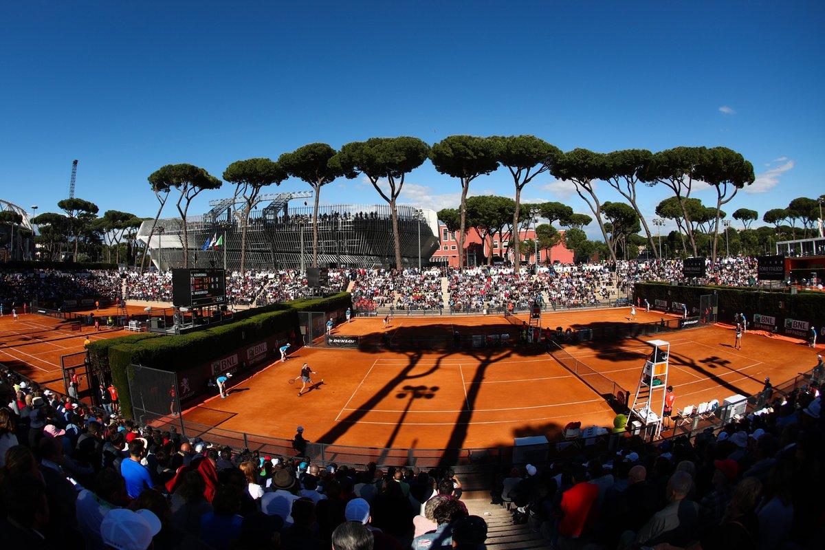 ⁉️ Quiz Time!   Sapete quanti campi ci sono in totale al Foro Italico?   #IBI20 #tennis https://t.co/FzXRQrnNhc