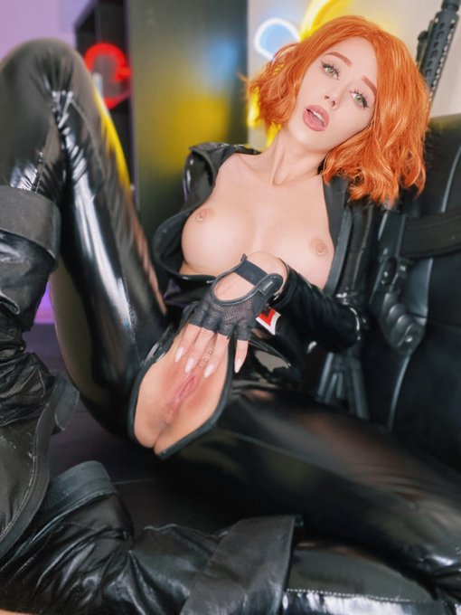 2 pic. Full length anal and vaginal video with Black Widow is pinned for all followers❤️ https://t.co/49gmERoZvl
