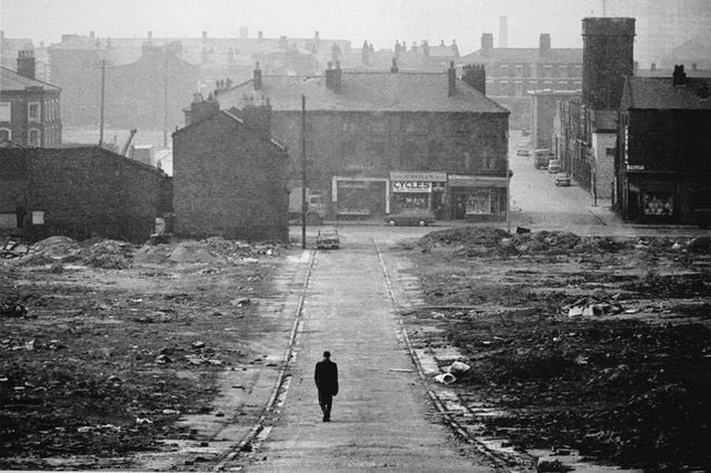 TERENCE DAVIES' OF TIME AND THE CITY, What an excellent documentary ! https://t.co/qkh4r3ic9Z