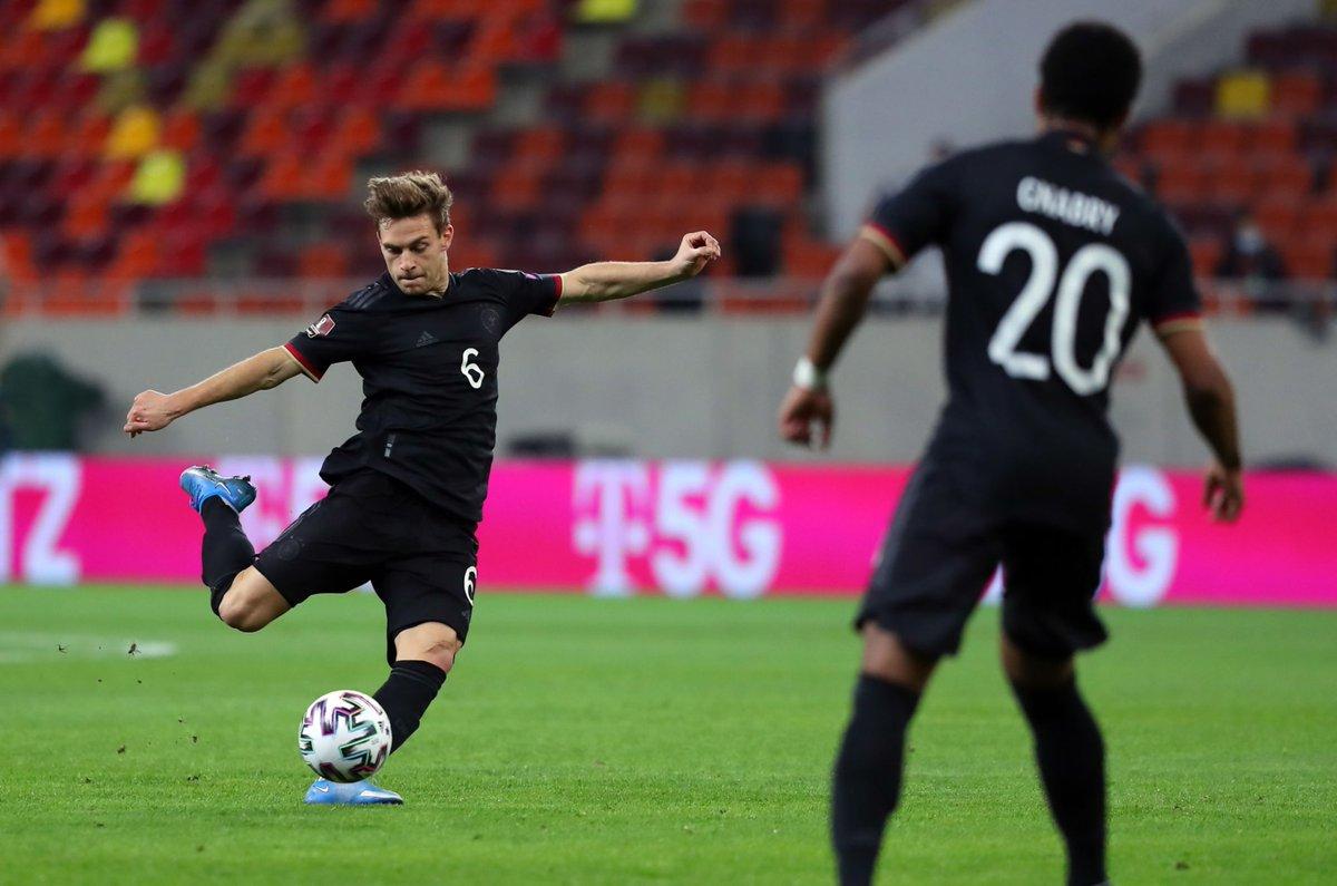 ไฮไลท์ฟุตบอลโลกรอบ คัดเลือก โรมาเนีย - เยอรมนี
