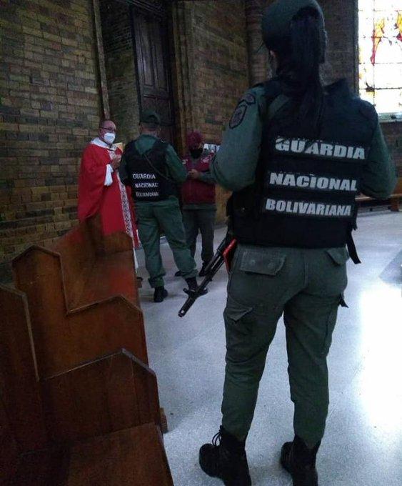 Tirania de Nicolas Maduro - Página 37 ExnQP9tWEAEiKZx?format=jpg&name=small