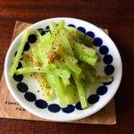 捨てちゃうのはもったいない!ブロッコリーの茎の活用レシピ!