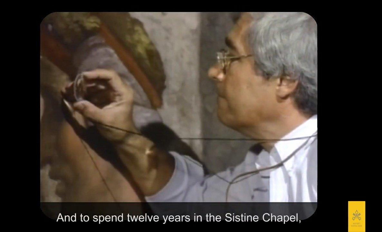 Esta noche nos ha dejado el maestro Gianluigi Colalucci. Siempre nos quedará su ejemplo y recuerdo. D.E.P. Desde los #MuseosVaticanos le recuerdan hoy con esta emocionante entrevista sobre la restauración de la #CapillaSixtina