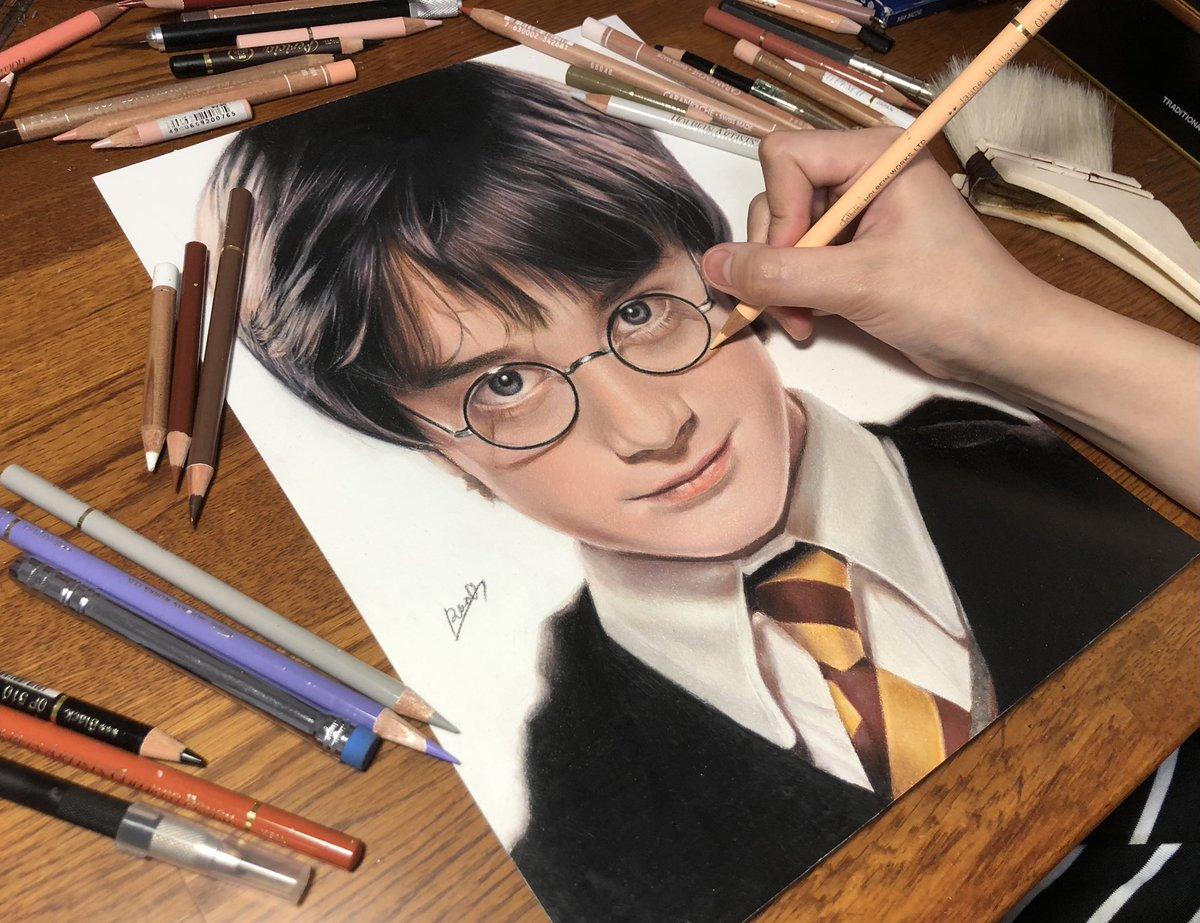 本物よりも本物!?色鉛筆で描いたハリーポッターが凄すぎる!