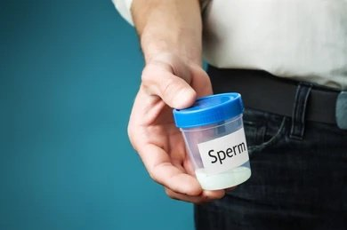 """First Doctor's tweet - """"11 common ways men damage their #sperm without knowing 1. Tight underwears 2. Hot baths 3. Infections 4. Varicoceles 5. Laptops 6. Drugs 7. Mobile phones 8. Smoking"""