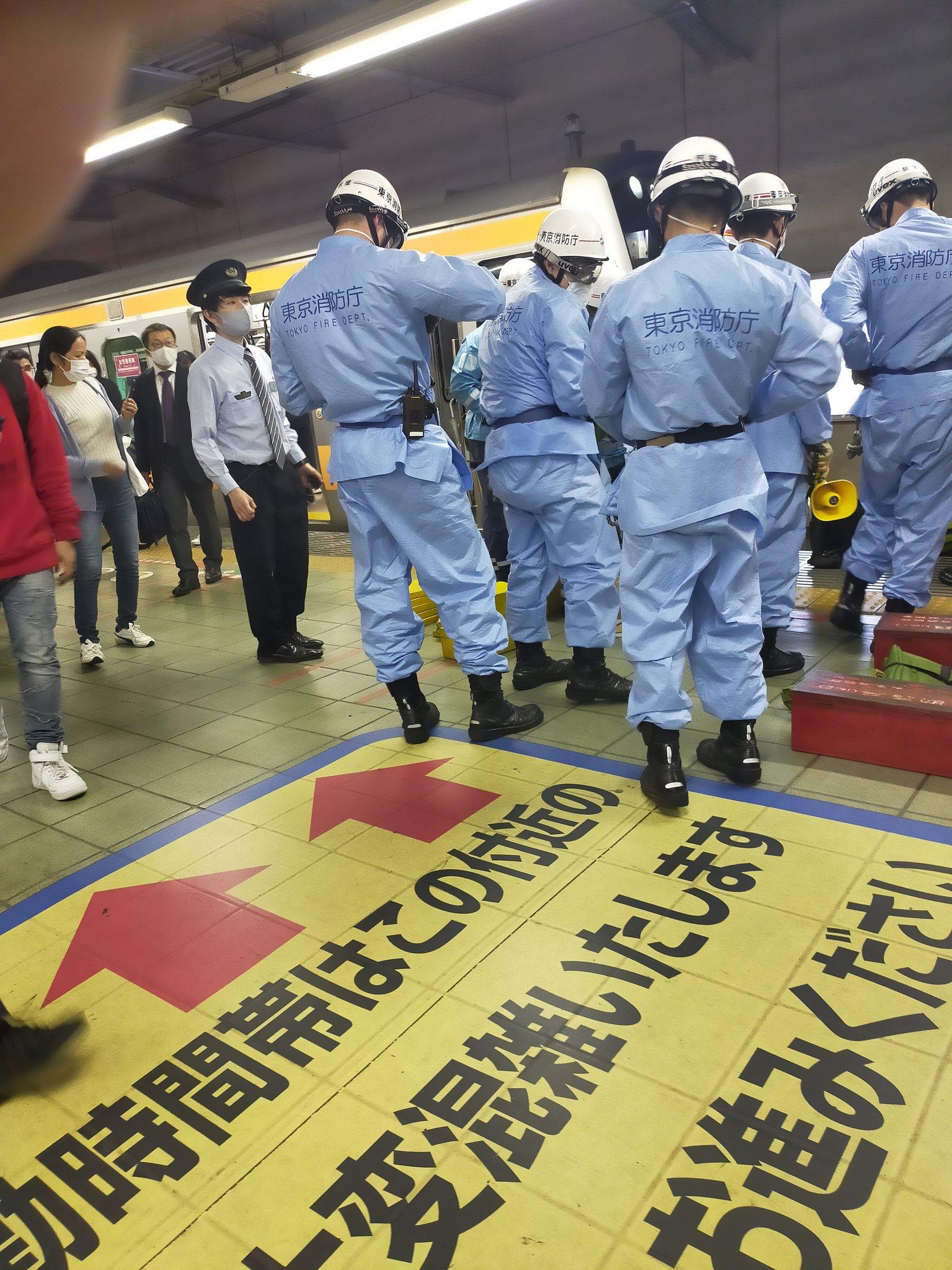 中央快速線の荻窪駅の人身事故現場の画像