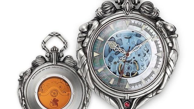 test ツイッターメディア -【芸術的】『新世紀エヴァンゲリオン』綾波レイをモチーフにした懐中時計が登場https://t.co/UHrn6H77Fp秒針にロンギヌスの槍、付属チェーンのカラビナにはカシウスの槍、時計の両側には「ふたりのレイ」を彫刻。価格は36万3000円(税込)となっている。 https://t.co/VeUdjWUMr7