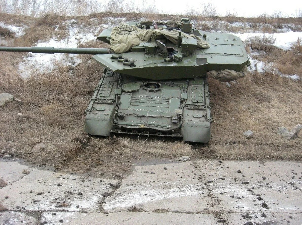 The T-80s future in the Russian Army - Page 13 ExyBgg_U4Ak_cwW?format=jpg&name=medium
