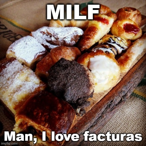 @GailSimone @sebasaga @grungecloud @losalfajores #panaderia #cosasricas #dulcedeleche #cremapastelera #tortasnegras https://t.co/V4cD7WSGBm