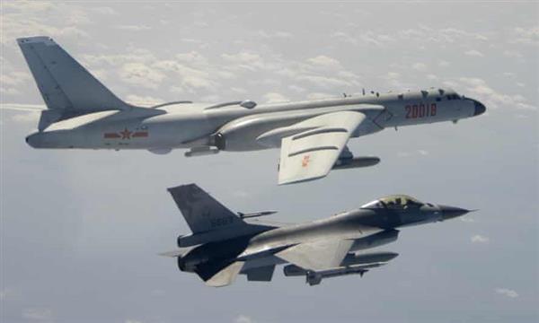 China sends 25 warplanes into Taiwans air defense zone, Taipei says Photo
