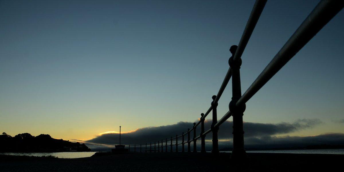 Moody shot of the railing at Windsor Reserve, Devonport, Auckland.  #DevonportNZ #DevonportVillage #ourAKL #VisitAuckland #WeatherwatchNZ #Maungauika #NorthHead #Nikon #NikonNZ
