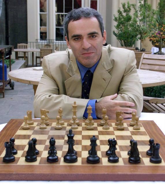 Happy 58º birthday, Mr. Garry Kasparov!
