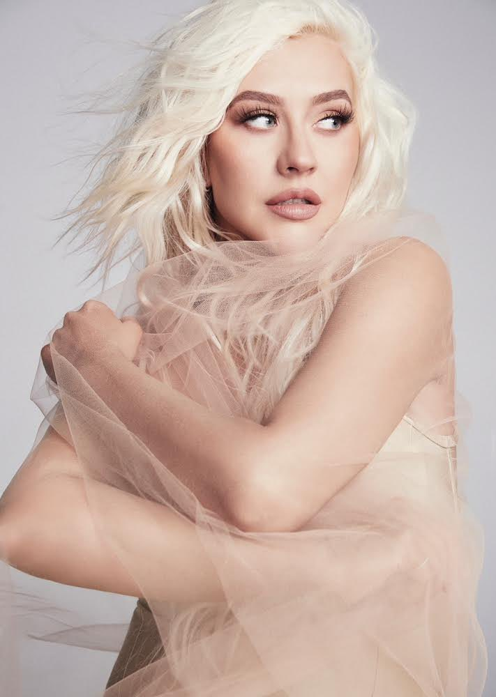 "Christina Aguilera >> single ""Pa' Mis Muchachas"" - Página 15 Ey2kP84WQAItedz?format=jpg&name=medium"