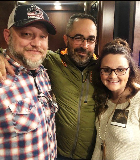 Happy Birthday to Aaron Lewis! Looking forward to you next concert!
