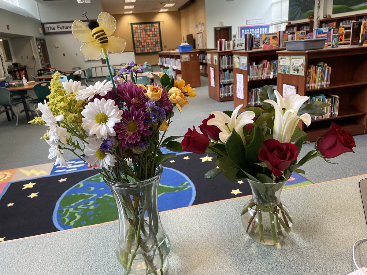 We are really feeling the love during School Library Month.    Thanks so much for filling our buckets. <a target='_blank' href='http://twitter.com/NtmLibAsst'>@NtmLibAsst</a> <a target='_blank' href='http://twitter.com/NTMKnightsAPS'>@NTMKnightsAPS</a> <a target='_blank' href='http://twitter.com/EGardnerAPS'>@EGardnerAPS</a> <a target='_blank' href='http://twitter.com/MrsMeganLynch'>@MrsMeganLynch</a> <a target='_blank' href='https://t.co/TlUMhzHIpk'>https://t.co/TlUMhzHIpk</a>