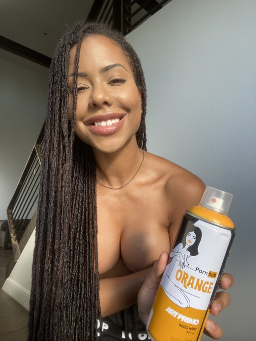 2 pic. lookit, @pornhub + @ArtPrimo made a spray paint and stuff 😄💕 limited collection out now on https://t