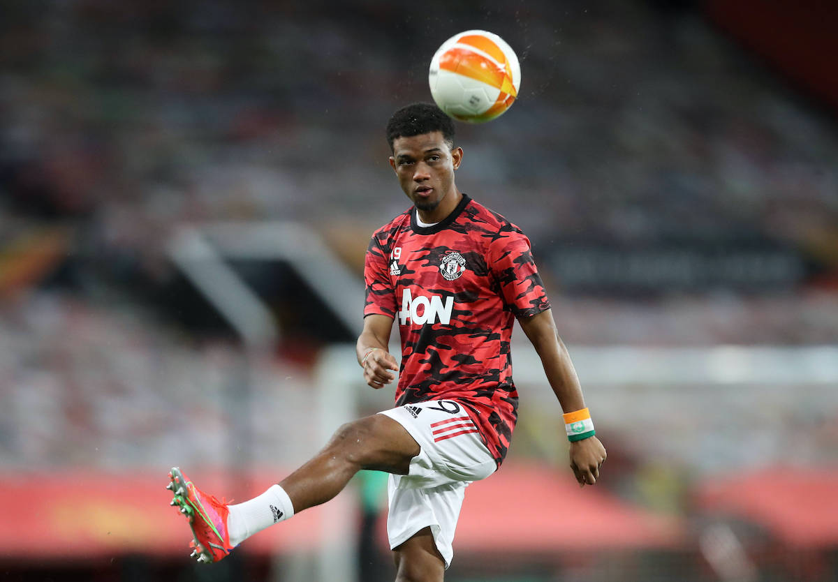 Lee Sharpe says Solskjaer is right to hold back United youngster for now https://t.co/KU7ik9cSlp #MUFC #ManUTD #United https://t.co/0gB8PHpc3j