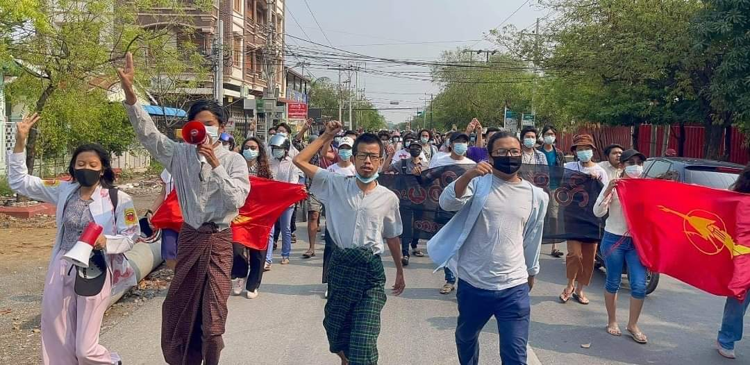 """Mandalay, April 14   In the morning of April 14, Pro-democracy students are successfully marched """"bleeding has not stopped"""" Anti-Coup movement in Mandalay to remember those loss of lives in Spring Revolution.  #WhatsHappeningInMyanmar  #Apr14Coup https://t.co/eJtXQlg5Od"""