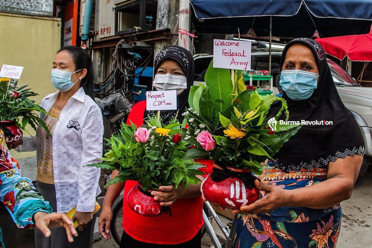 Muslims in Yangon joined Ah-Tar-Oh strike, Thingyan pot tradition of Buddhism, on Tuesday.  Photo: MN , Burma Revolution. #WhatsHappeningInMyanmar https://t.co/fZPP1c9zC9