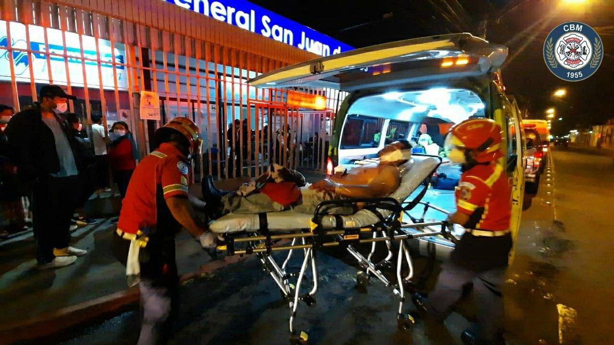 test Twitter Media - Un ataque armado se registró en el kilómetro 9, de la Ruta a San Pedro Ayampuc, @bomberosmuni trasladaron a un hombre de 40 años  a la emergencia del Hospital General San Juan de Dios. La víctima presentaba varias heridas por arma de fuego. https://t.co/arsamTYqHy