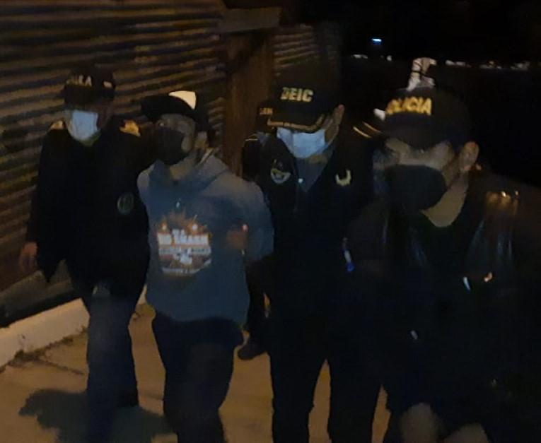 """test Twitter Media - La @PNCdeGuatemala informa que Luis Ángel Camey Chavarría, de 19 años, alias """"El Slow"""", sicario de la mara 18, fue capturado en zona 18. https://t.co/Vu6lqURu3A"""