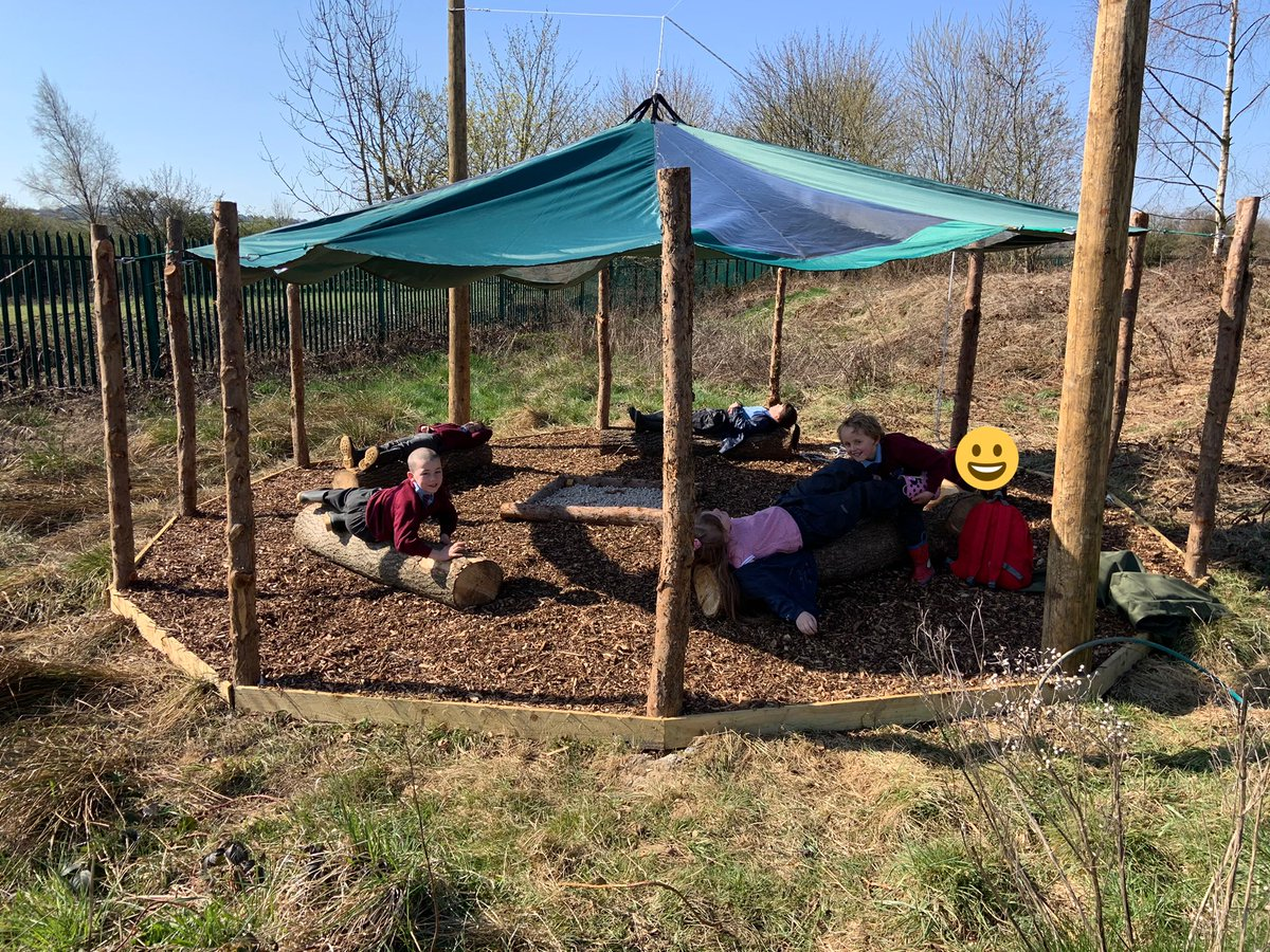 RT @PEchurchprim1: Safe to say our young Badgers absolutely loved erecting our brand new fire pit shelter courtesy of @NatureFSchools and @JoinUsMovePlay ⛺️   #AmazingSpaces #GreenSpace #OutdoorLearning #CommunityAsset #HealthSchool  @church_prim @nell_bank @Y4church_prim @Alex_YWT @WildlifeTrusts