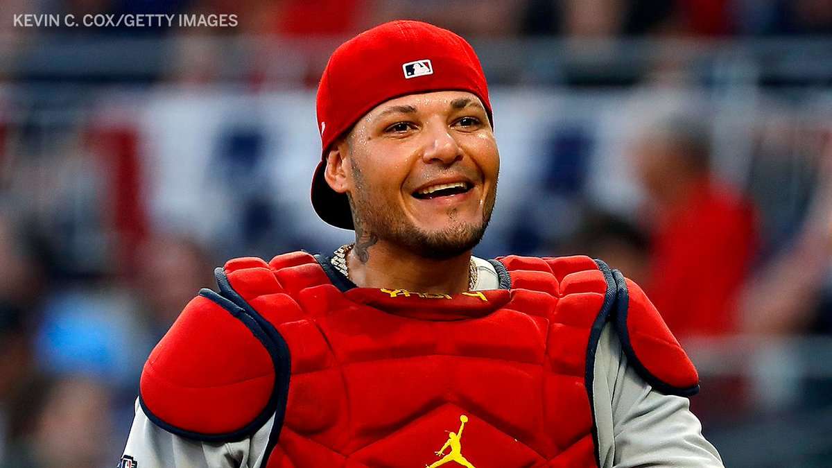 YADI 2K ‼️  Yadier Molina is the only catcher in MLB history to catch 2,000 games exclusively with one team. Incredible milestone 👏 https://t.co/zDSgEPDgFZ