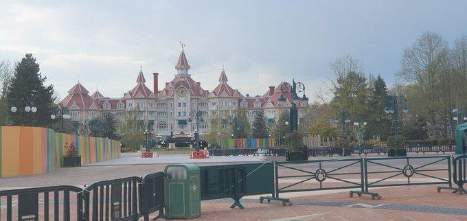 Esplanade : Nouvel Aménagement entre les Parcs, la Gare et DV - Page 29 Ey8mP6wWUAQMB7n?format=jpg&name=small