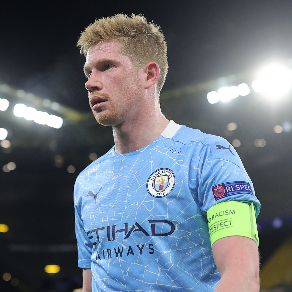 🔵 Sum up Kevin De Bruyne in three words 👇  #UCL https://t.co/uE7RtO8Ntt