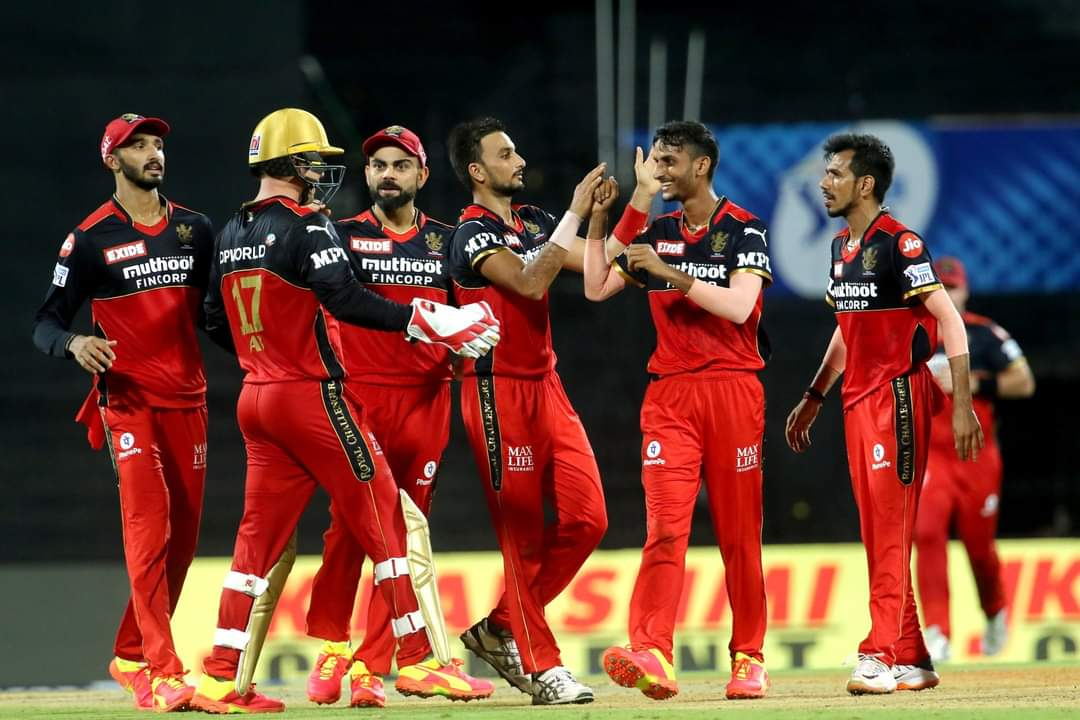 Onto the next one ❤️👍 @RCBTweets https://t.co/Lt4woVr8oA
