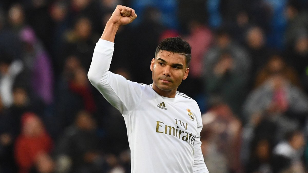 Casemiro picks up a booking. Water is wet.  He was 7/5 to be booked tonight... 😅  BeGambleAware I 18+   #UCL #DORMCI https://t.co/nHdVwfd540