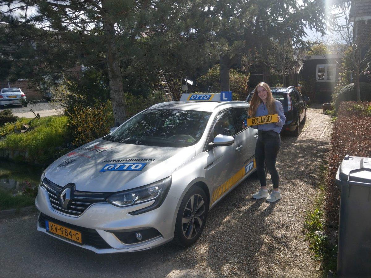 test Twitter Media - Sara Plaisier, van harte gefeliciteerd met je behaalde rijbewijs. Nu snel op zoek naar een eigen auto. Voortaan kun zelfstandig naar je werk. https://t.co/gYh1A0VuEJ