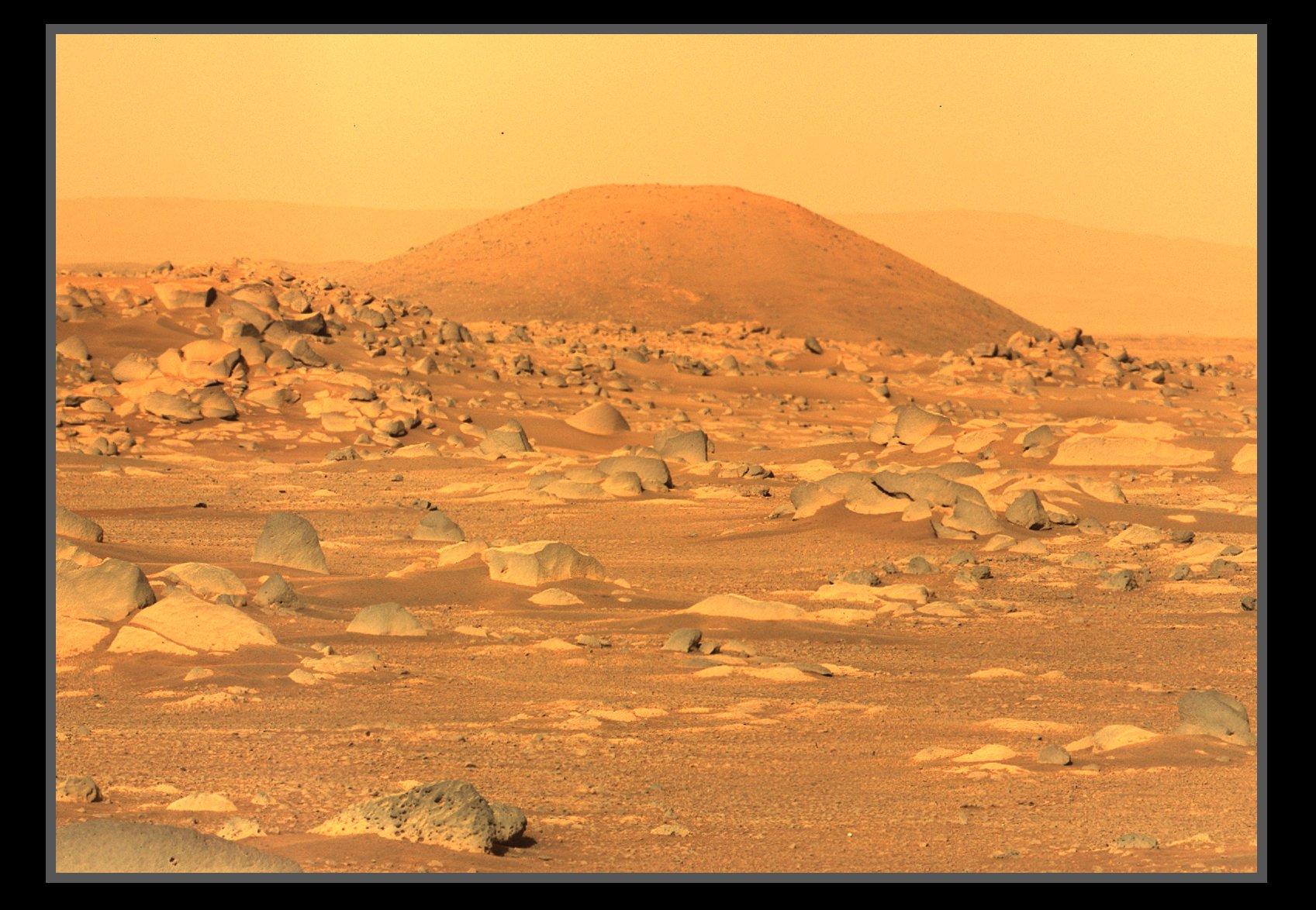 Mars 2020 (Perseverance) : exploration du cratère Jezero - Page 7 EyAB_EoWQAUnN4c?format=jpg&name=large