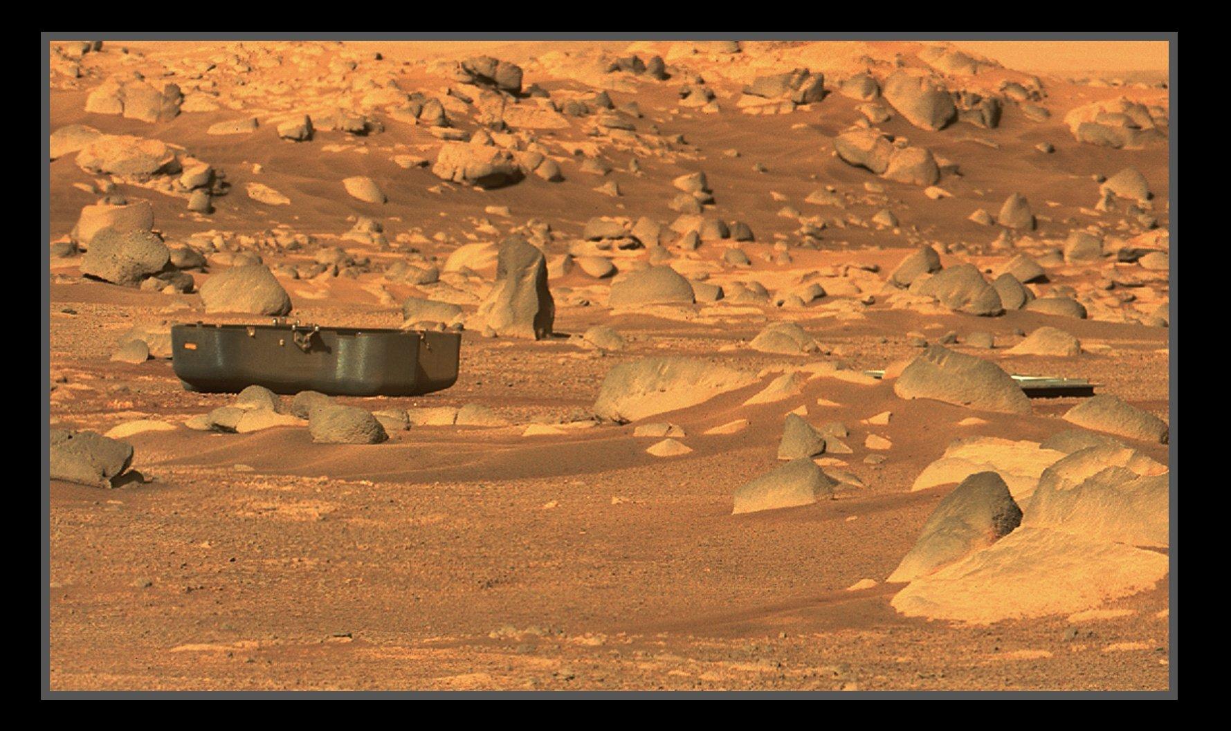 Mars 2020 (Perseverance) : exploration du cratère Jezero - Page 7 EyABfAMWYAAwVm2?format=jpg&name=large