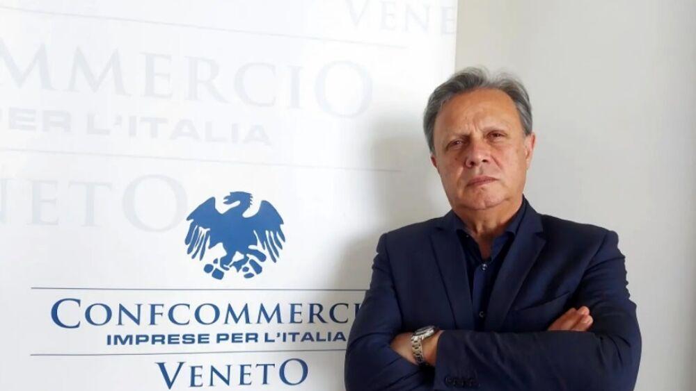 Veneto zona arancione, Confcommercio: «Primo pass...