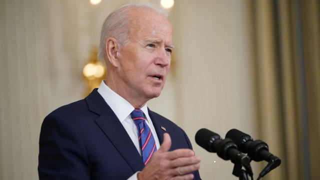 """Biden bemoans too many acting as if COVID-19 fight over: """"It is not"""" https://t.co/iFoVQQ9b2s https://t.co/sxD6vXqH7o"""