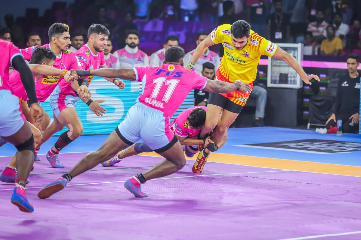 Grip, strength, and focus are the three pillars of victory!  #PantherSquad #JaiHanuman #TopCats #JaipurPinkPanthers #JPP #Jaipur #vivoprokabaddi