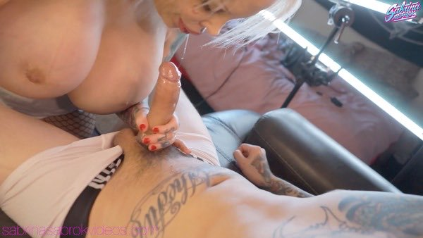 New Video! POV sloppy blowjob manyvids.com/Post/70a576b0e… #manyvids