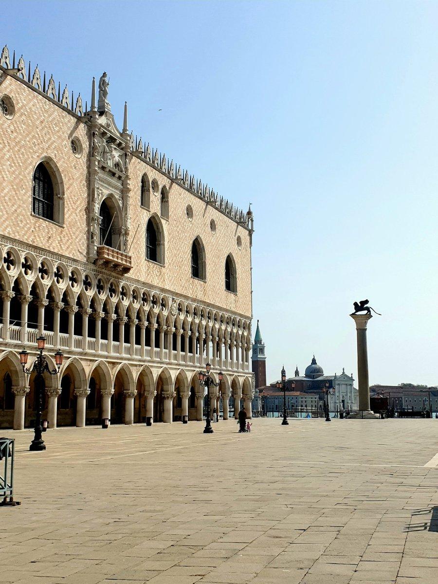 RT @G_I_A_M_P_Y: Buongiorno e buon sabato #Venezia...