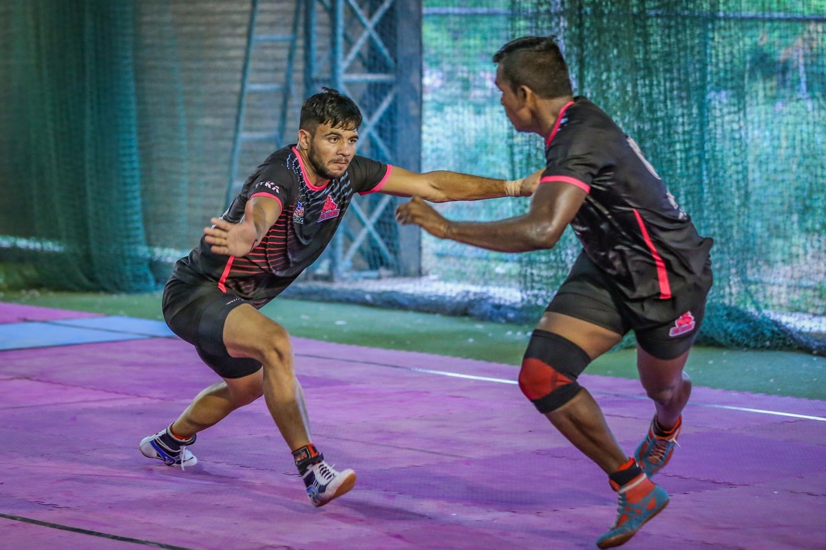 There is no glory in practice, but without practice, there is no glory.  #PantherSquad #JaiHanuman #TopCats #JaipurPinkPanthers #JPP #Jaipur #vivoprokabaddi