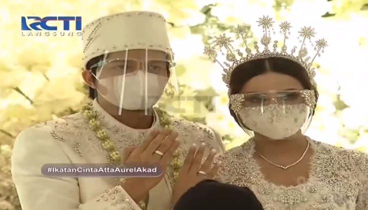 Atta Halilintar dan Aurel Hermansyah resmi menikah pada Sabtu (3/4/2021).