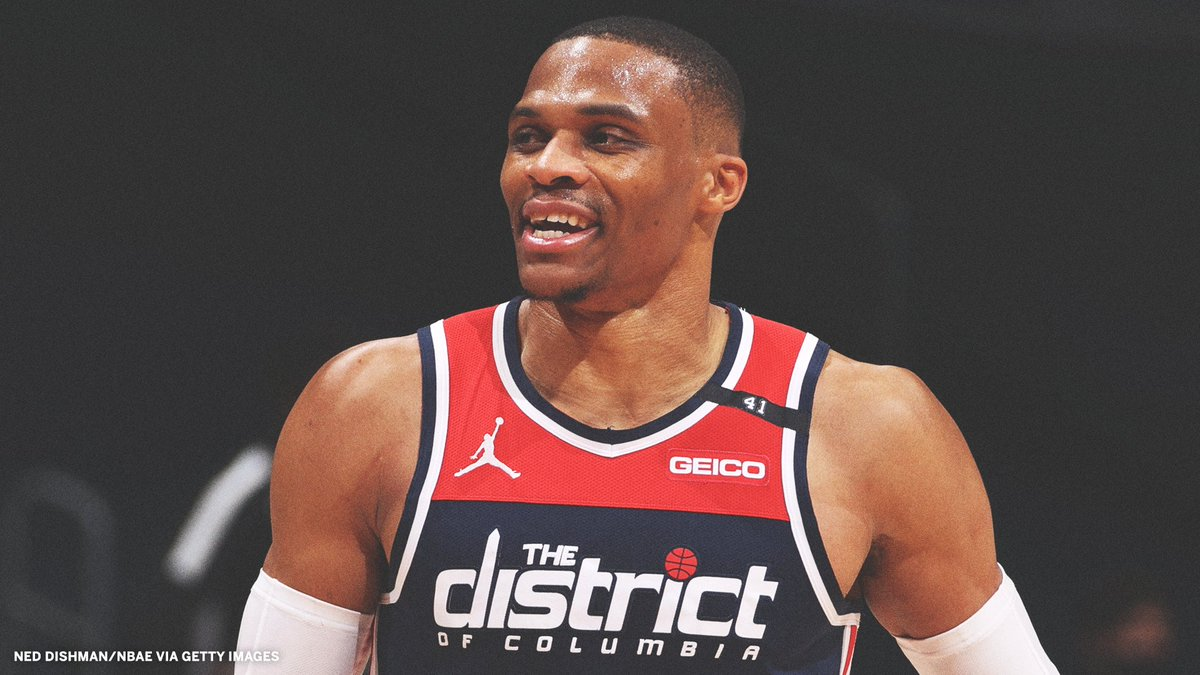 Russell Westbrook is the third player in NBA history to average 15 rebounds and 10 assists over a six-game span.  He joins Wilt Chamberlain and Oscar Robertson. https://t.co/xVSYmFyYwj