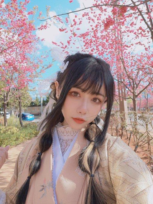 Momoko葵葵