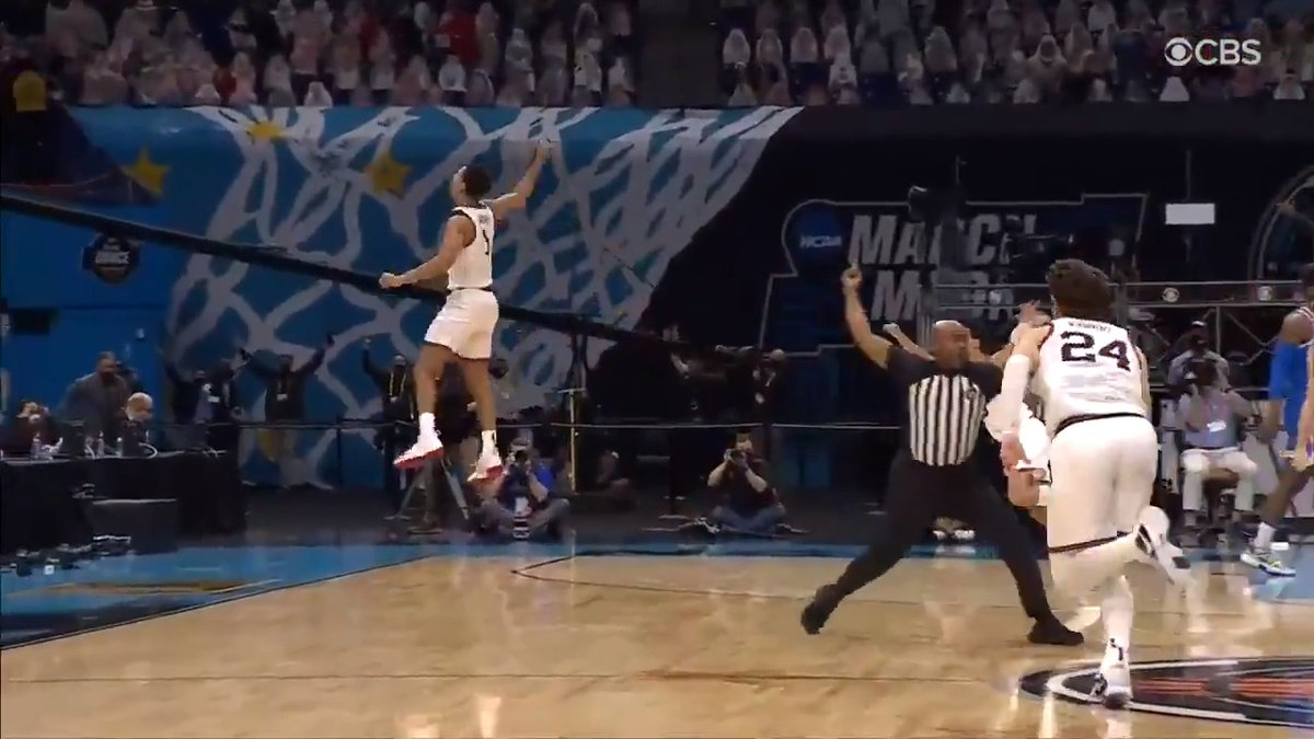 INSTANT CLASSIC 🍿  The last few minutes of @ZagMBB & @UCLAMBB's #FinalFour matchup were INSANE. #MarchMadness https://t.co/s7EMNlRqfd