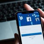 Image for the Tweet beginning: Half a billion Facebook users'