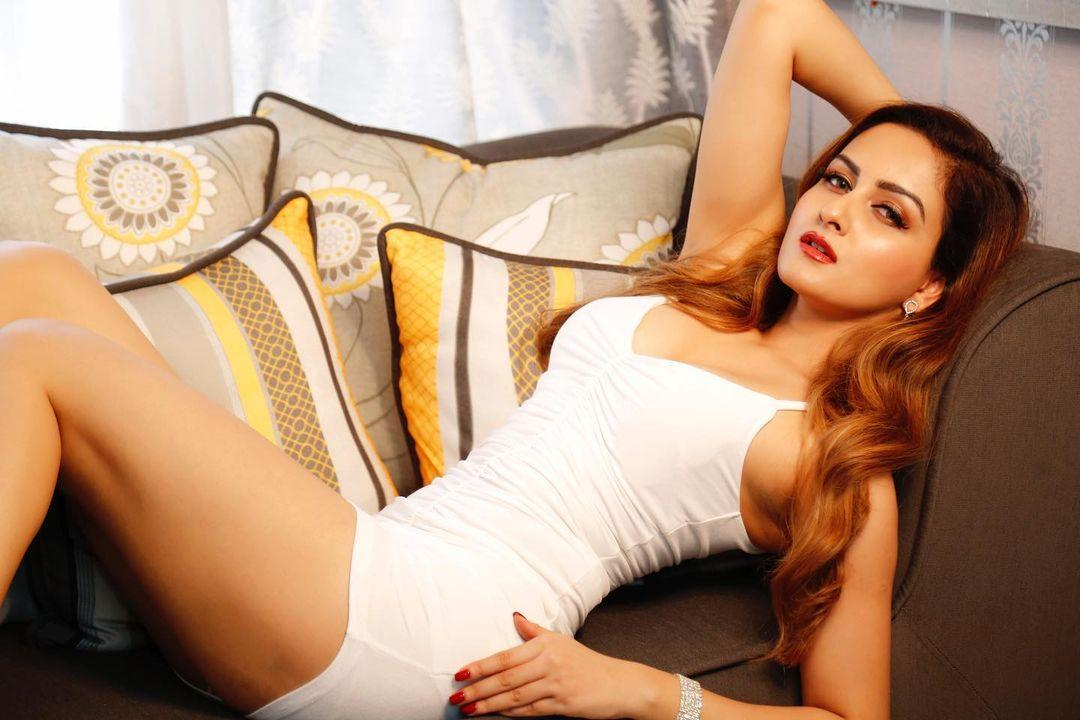 call girl in udaipur