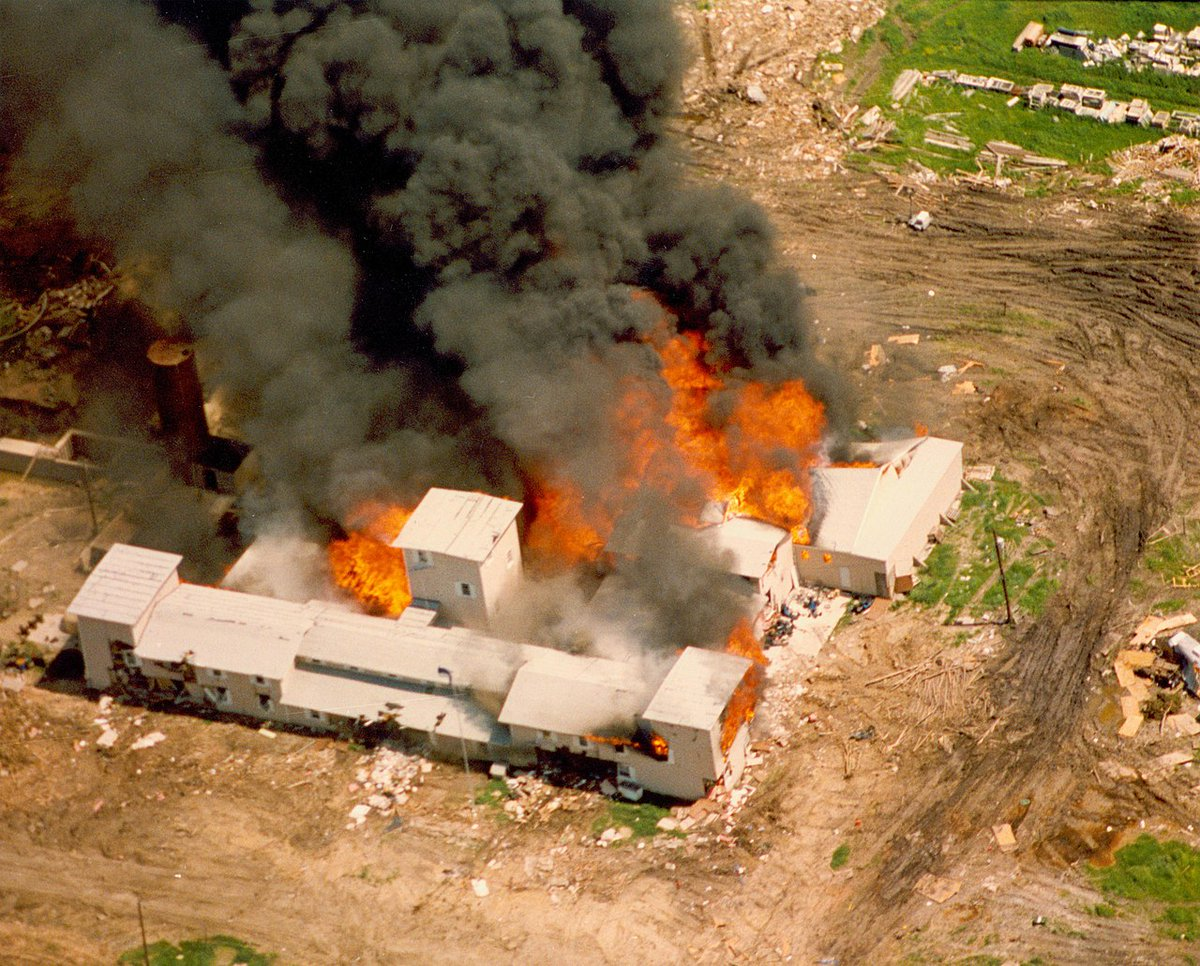 Waco, TX massacre February 28-April 19, 1993. #Waco #BaylorBears #GoZags https://t.co/5d4mEfjbSB
