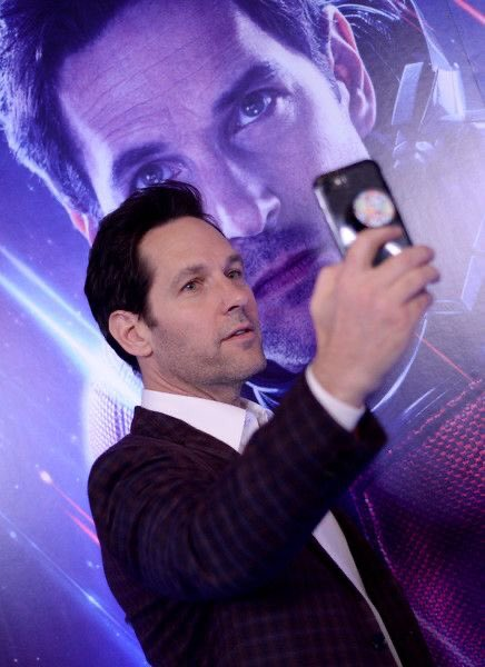 HAPPY BIRTHDAY TO THE MAN WHO DOESNT AGE AKA PAUL RUDD! KEEP SLAYING KING